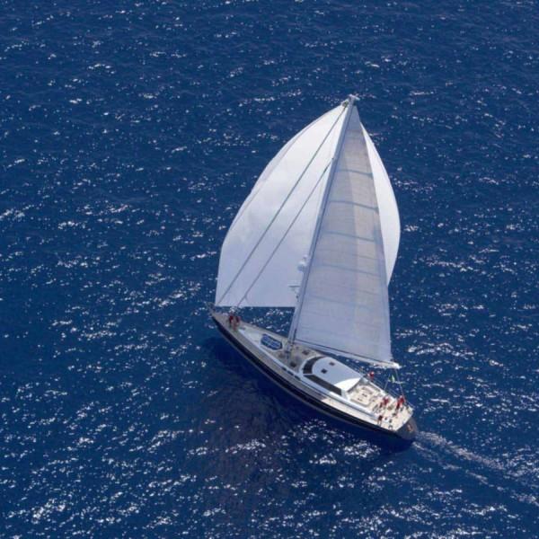 voilier-de-croisiere-en-aluminium-salon-de-pont-double-barre-a-roue-pont-en-teck-sailing-yacht-22388-332815